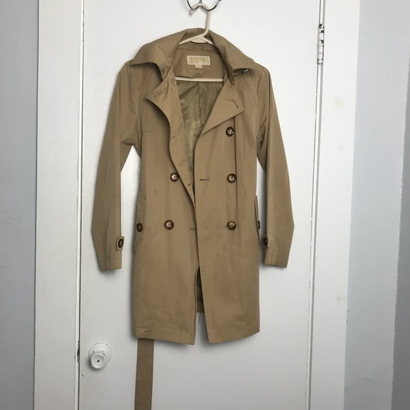 918a57dcb3e Michael Kors Trench Coat with Removable Hood Women.  M 5a7a9287daa8f65cb95c12c0